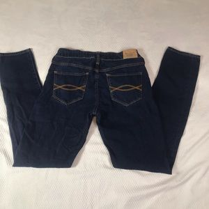 Abercrombie & Fitch Size 2S Dark Wash Blue Jeans